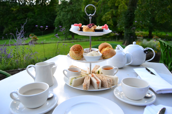 afternoon tea_cowley manor