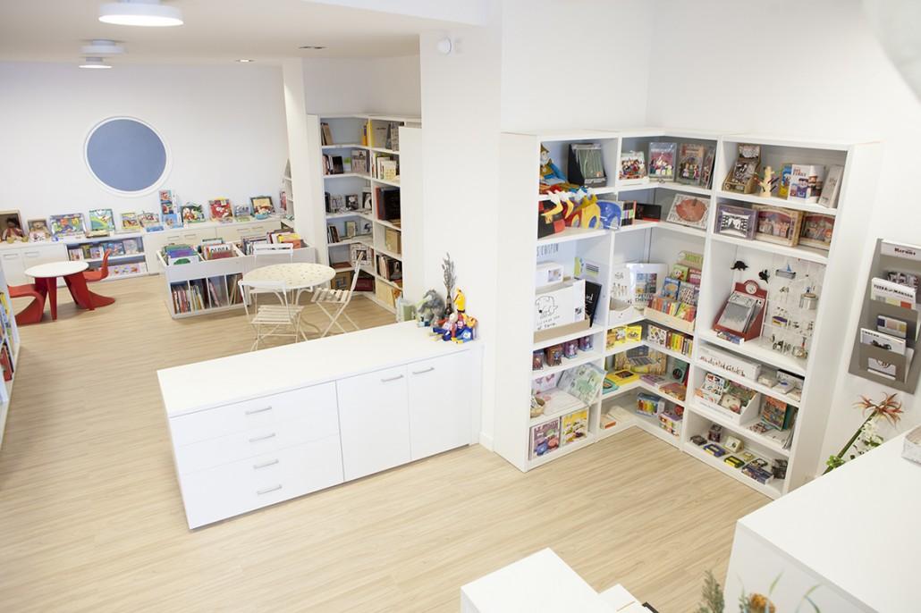 libreria_03b_desde_el_mostrador2-1030x686